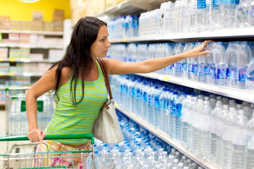 etichetta dell'acqua minerale