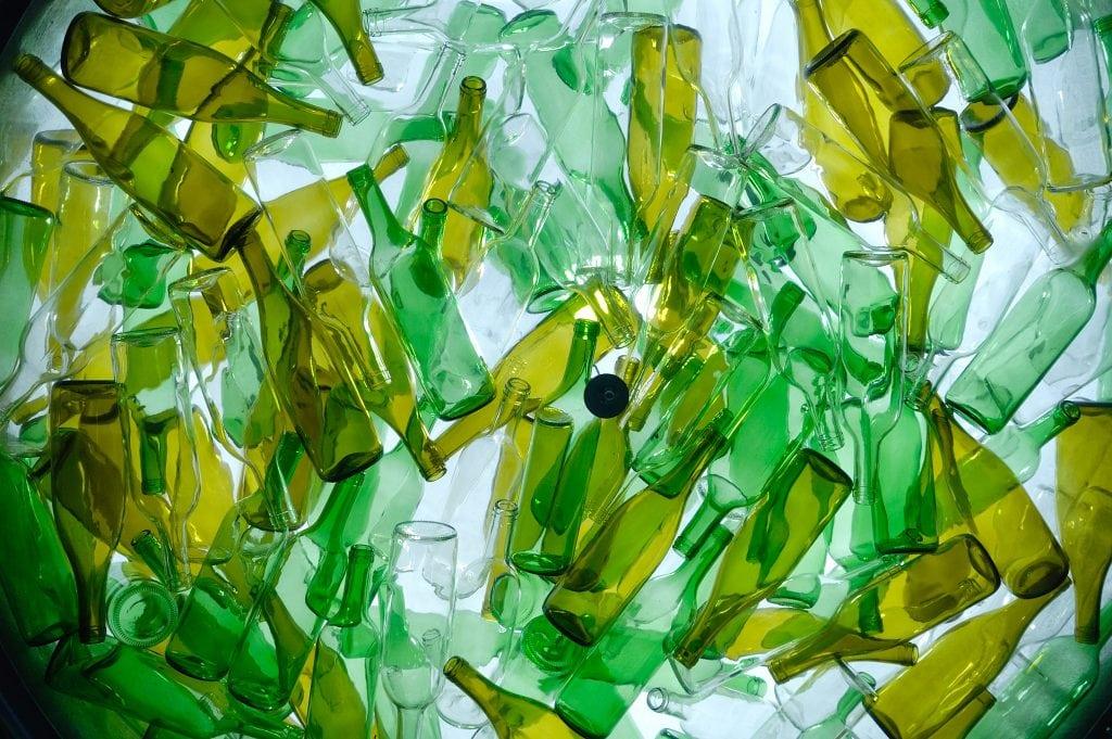 ciclo di vita delle bottiglie d'acqua