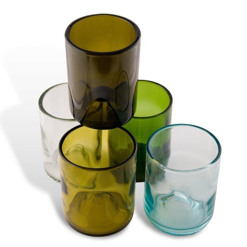 bicchieri da bottiglie di vetro riciclate