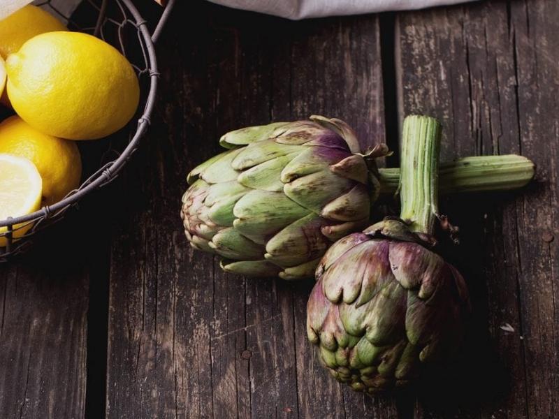 frutta e verdura di stagione spesa di novembre carciofi