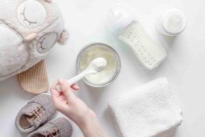 Quale acqua usare per il latte in polvere