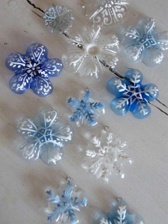 Popolare Riciclo creativo delle bottiglie di plastica: 5 idee per il Natale  CF92