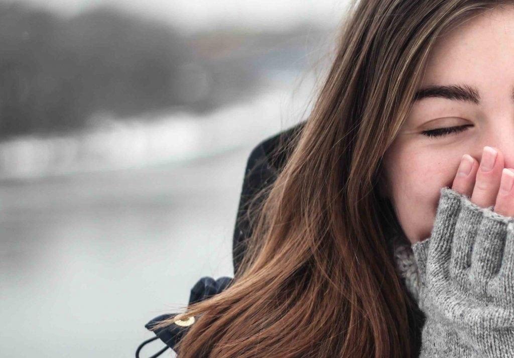 Pelle secca in inverno: nutrirla con l'acqua e altri rimedi | Bere Acqua
