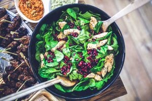 Frutta e verdura di stagione spesa di febbraio spinaci