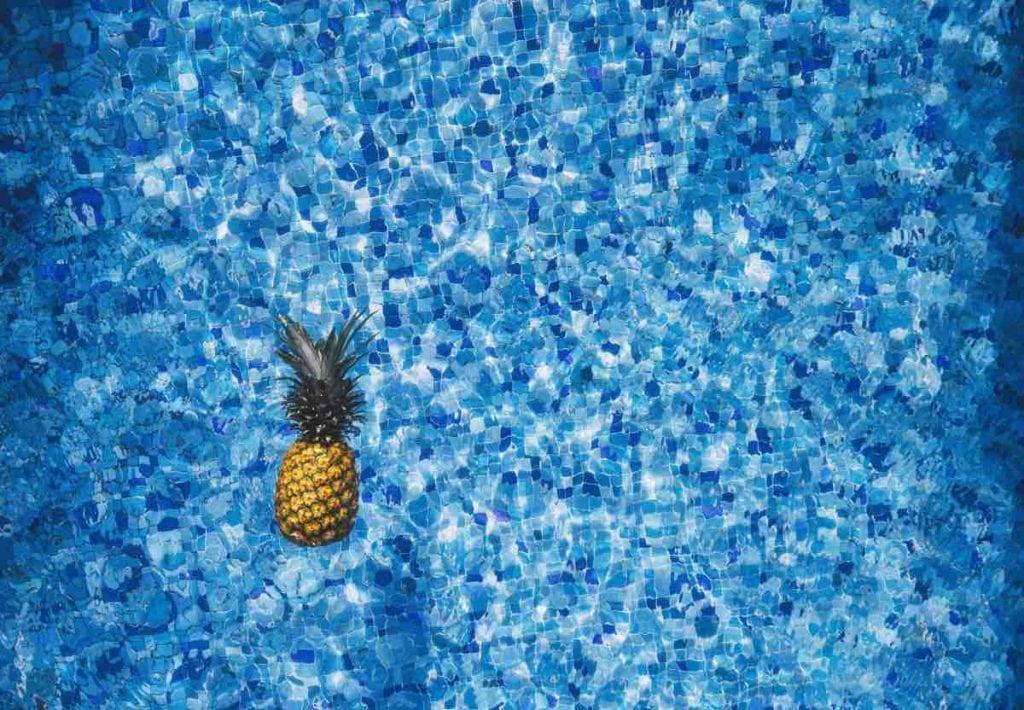 Acqua aromatizzata energizzante ananas limone e peperoncino