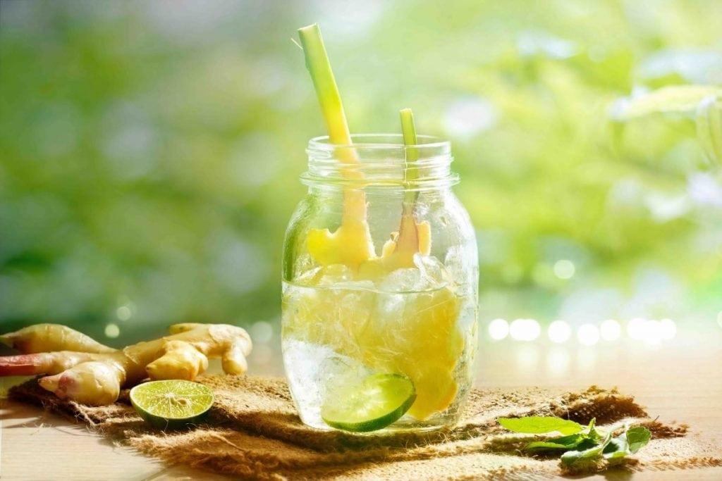 Acqua aromatizzata energizzante limone e menta